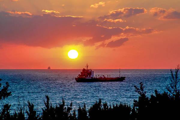 Sunset On The Horizon Art Print