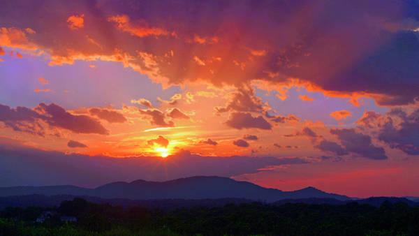 Sunset Rays At Smith Mountain Lake Art Print