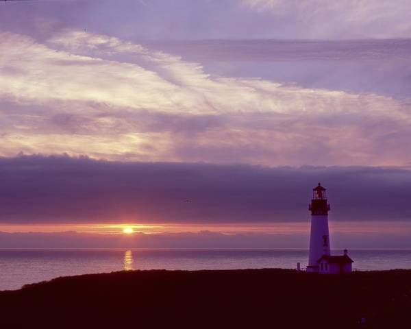 Photograph - Sunset At Yaquina Head by HW Kateley