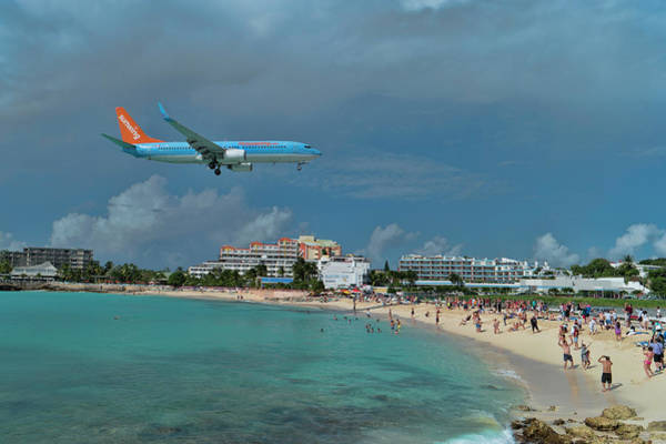 Gleeson Photograph - Sunwing Airline At Sxm Airport by David Gleeson