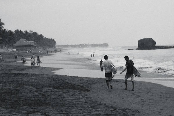 La Libertad Photograph - Sunzal Y Tunco by Totto Ponce