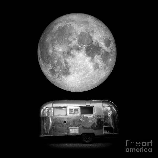 Blood Moon Wall Art - Photograph - Super Moon by Edward Fielding