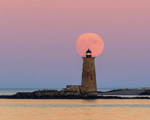 Photograph - Super Moon Rise Over Whaleback Lighthouse by John Vose