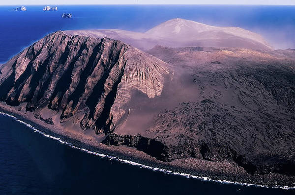 Photograph - Surtsey In Iceland by Richard Goldman