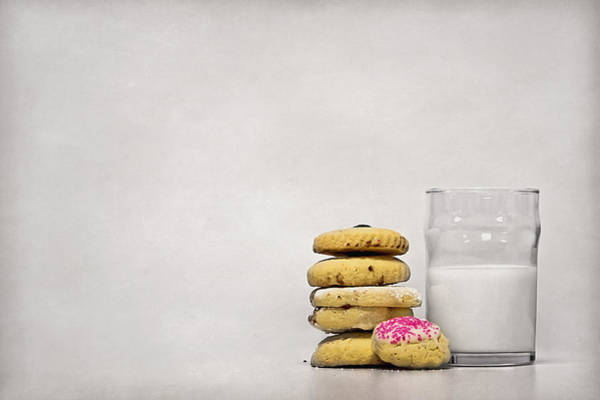 Cookie Wall Art - Photograph - Sweet Dreams by Evelina Kremsdorf