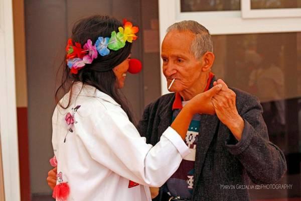 Sonrisa Wall Art - Pyrography - Sweety Dance by Guate Passport