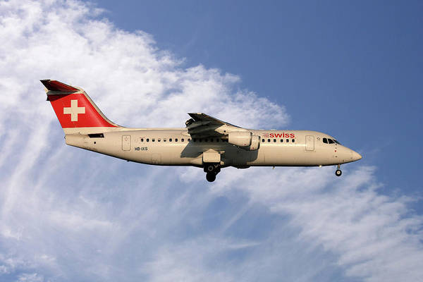 Avro Wall Art - Photograph - Swiss Avro Rj100 by Smart Aviation