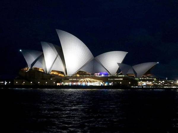 Photograph - Sydney Opera House by Sarah Lilja