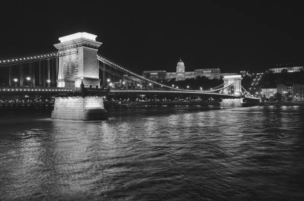 Chain Bridge Photograph - Szechenyi Chain Bridge Budapest by Alan Toepfer