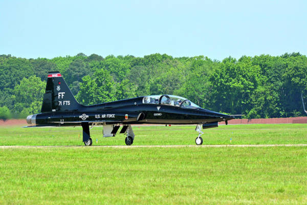 Photograph - T-38 Taxiing To The Ramp by Don Mercer