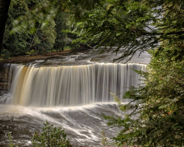 Photograph - Tahquamenon Upper Falls, Upper Peninsula, Mi by Jack R Perry