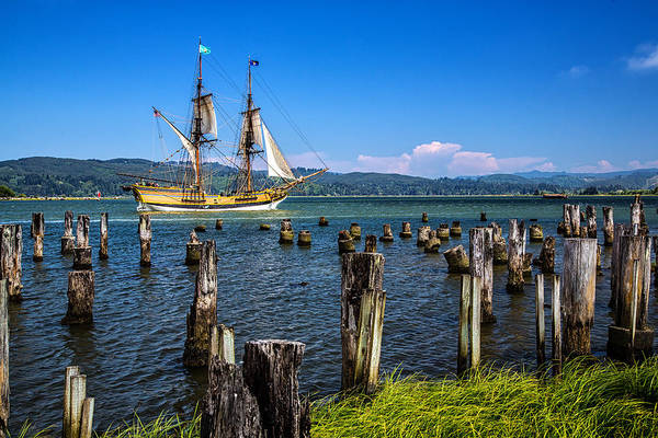 Tall Ships Wall Art - Photograph - Tall Ship Lady Washington by Robert Bynum