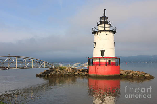 Photograph - Tarrytown Lighthouse IIi by Clarence Holmes