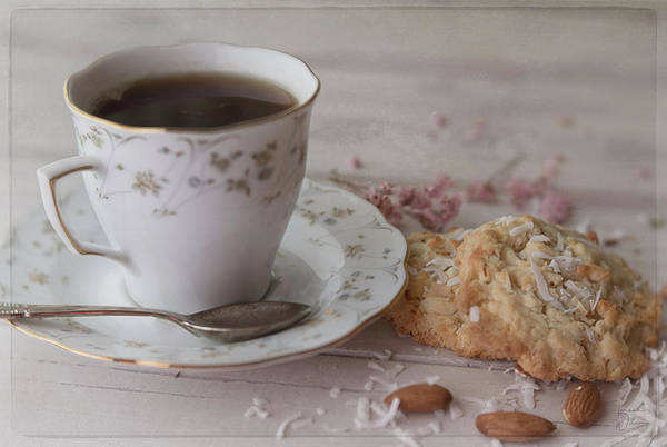 Photograph - Tea Time by Teresa Wilson