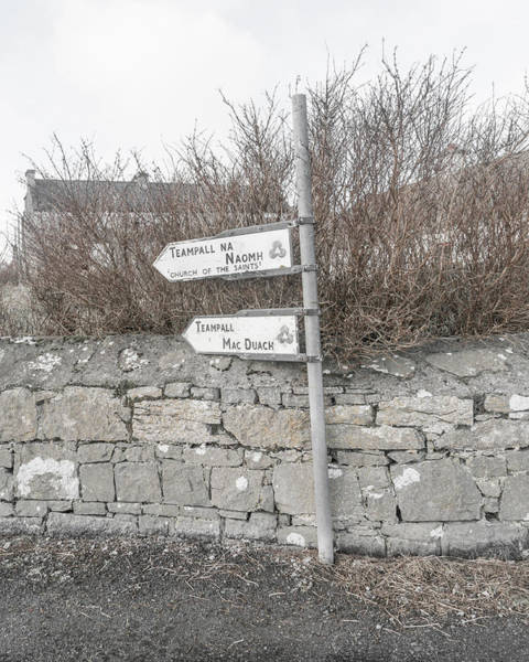 Wall Art - Photograph - Teampall Sign Inis Mor Ireland by Betsy Knapp