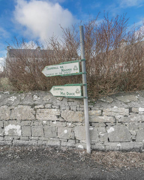 Wall Art - Photograph - Teampall Sign Inis Mor Ireland Color by Betsy Knapp