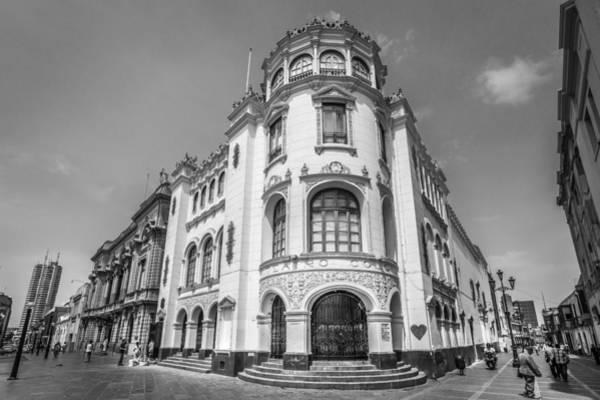 Photograph - Teatro Colon Lima by Gary Gillette
