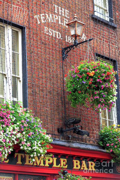 Temple Bar Wall Art - Photograph - Temple Bar Flowers by John Rizzuto