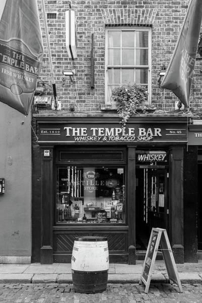 Photograph - Temple Bar Shop by Georgia Fowler