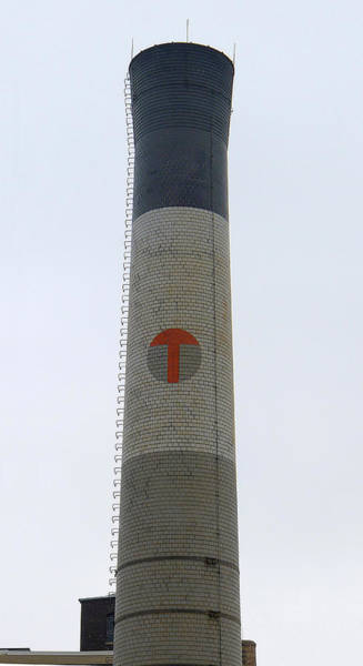 Photograph - Temple Smokestack by Richard Reeve