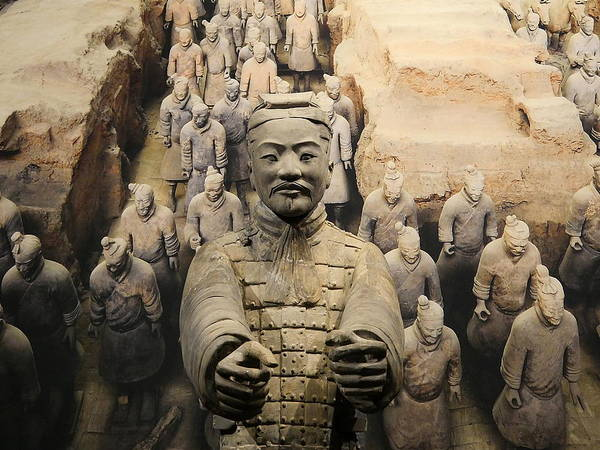 Photograph - Terracotta Warrior Army Of Qin Shi Huang Di Iv by Richard Reeve