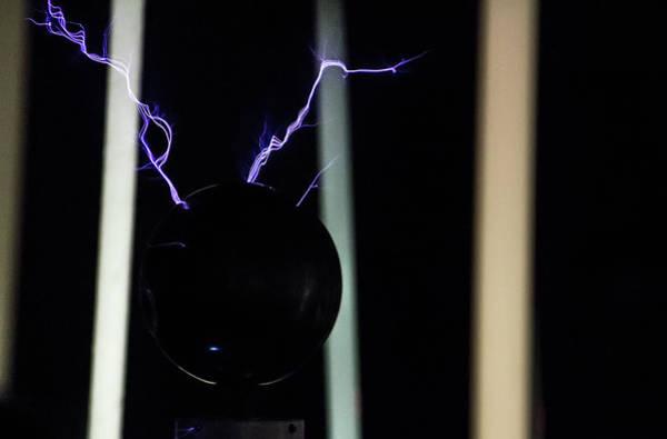 Photograph - Tesla Coil 5 by Tyson Kinnison