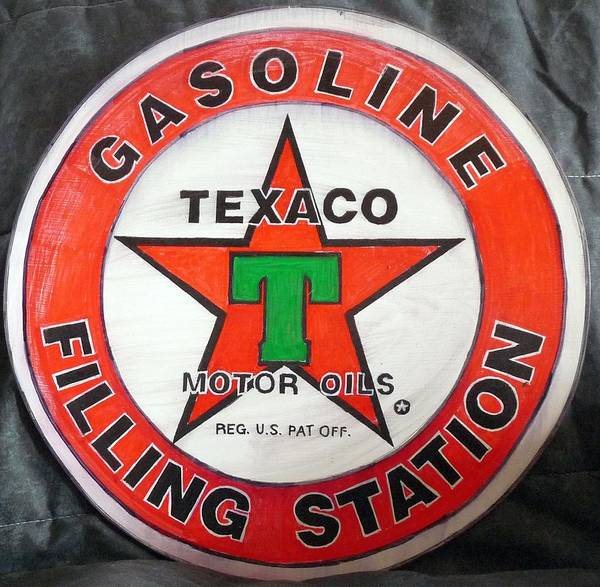 Painting - Texaco Sign by Richard Le Page