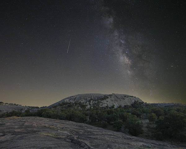 Enchanted Rock State Park Photograph - Texas Hill Country Under Enchanted Rock 915 3 by Rob Greebon