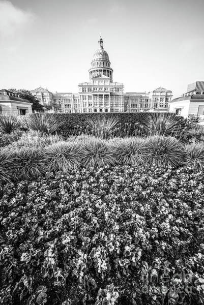Texas Capitol Photograph - Texas State Capitol Black And White Photo by Paul Velgos