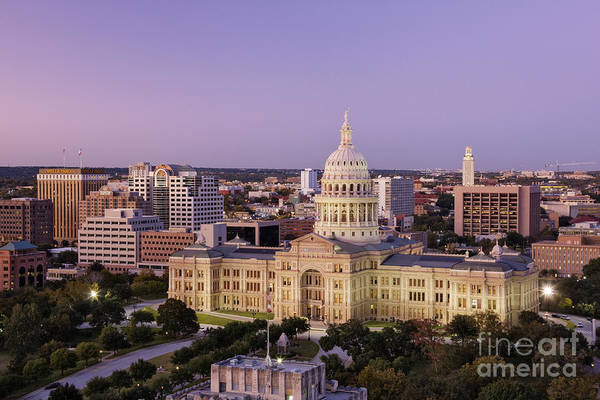 Wall Art - Photograph - Texas State Capitol by Jeremy Woodhouse
