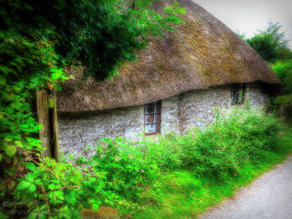 Photograph - Thatched Cottage 04 by Beverly Cash