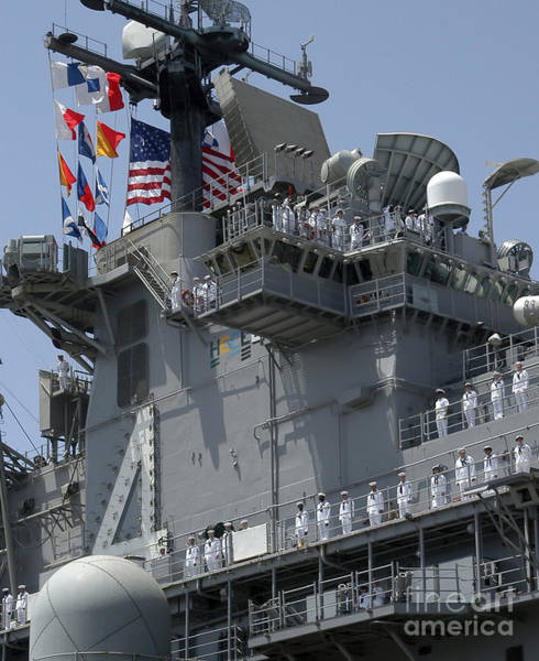 Amphibious Assault Ship Wall Art - Photograph - The Amphibious Assault Ship Uss Boxer by Stocktrek Images