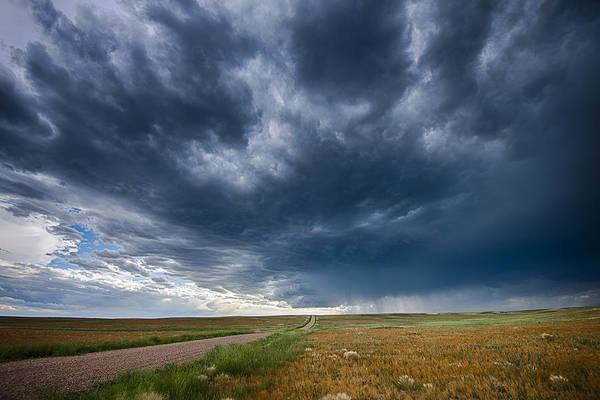 Photograph - The Approaching Storm by Gary Lengyel