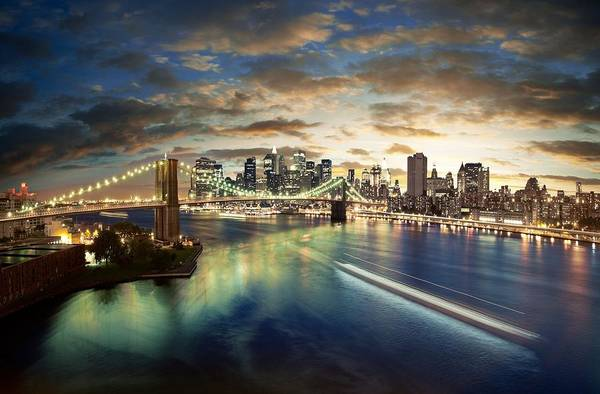 Liberty Bridge Photograph - The Big Apple by Zarija Pavikevik