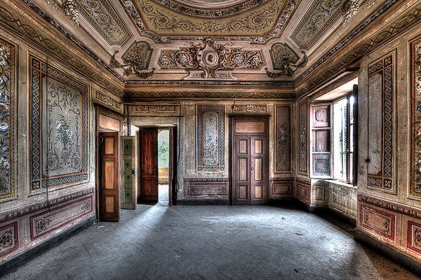 Photograph - The Big Room - Il Grande Salone by Enrico Pelos