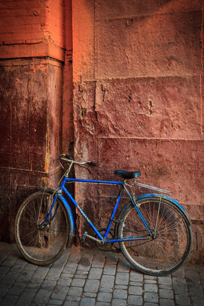 Photograph - The Blue Bicycle by Peter OReilly