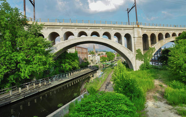 Photograph - The Canal Zone - Manayunk by Bill Cannon