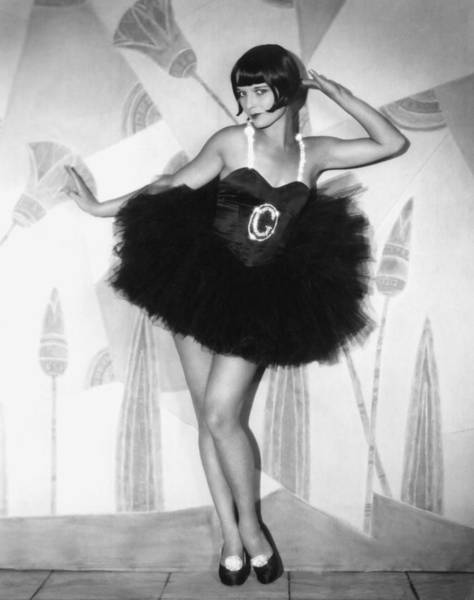 Hairstyle Photograph - The Canary Murder Case, Louise Brooks by Everett