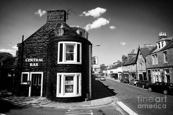 Wall Art - Photograph - The Central Bar At The Start Of Victoria Street In Newton Stewart Dumfries And Galloway Scotland Uk by Joe Fox