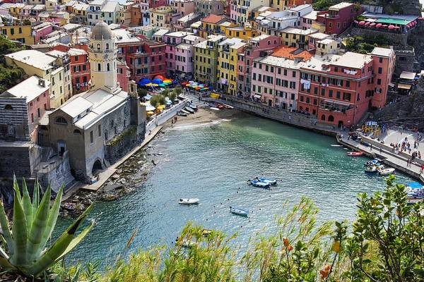 Vernazza Photograph - The Colors Of Vernazza by Brad Scott