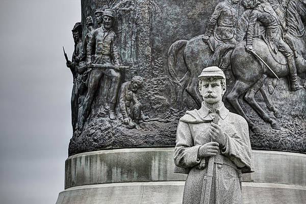 Wall Art - Photograph - The Confederate Memorial by JC Findley