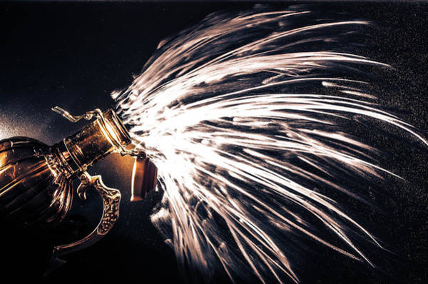 Photograph - The Exploding Growler by David Sutton