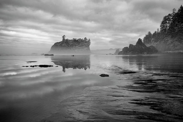 Photograph - The Fog Lingers by Jon Glaser