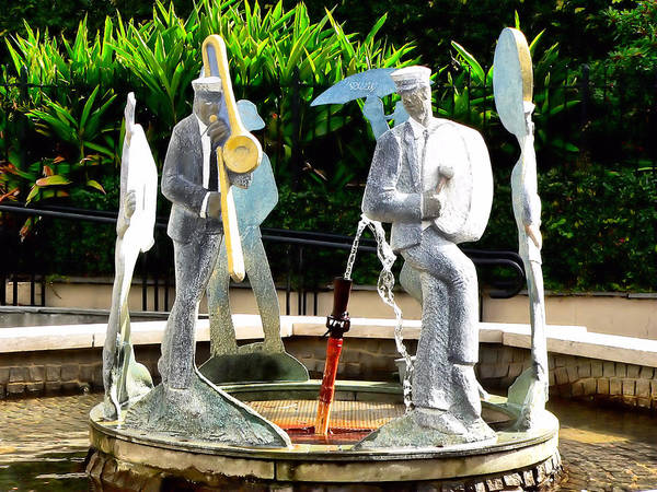 Photograph - The Fountain Of Jazz by Kathy K McClellan