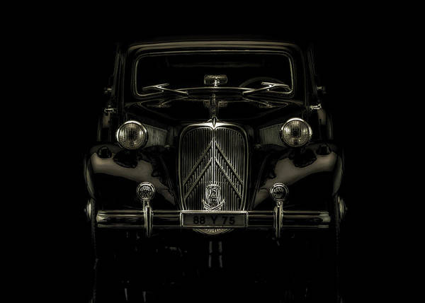 Wall Art - Photograph - The Gangsters Choice by Hans Zimmer