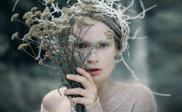 Wall Art - Photograph - The Glance. Prickle Tenderness by Inna Mosina
