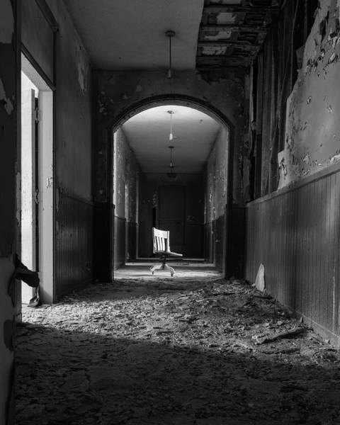 Photograph - The Hallway by Lindy Grasser