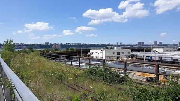 Deck Digital Art - The High Line 196 by Rob Hans