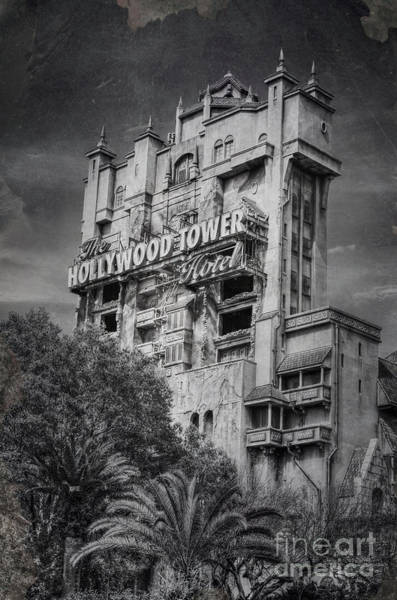Wdw Photograph - The Hollywood Tower by Karl Greeson