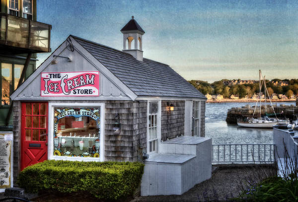 Photograph - The Ice Cream Store by Susan Candelario